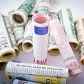 Penser à faire des micro crédits.